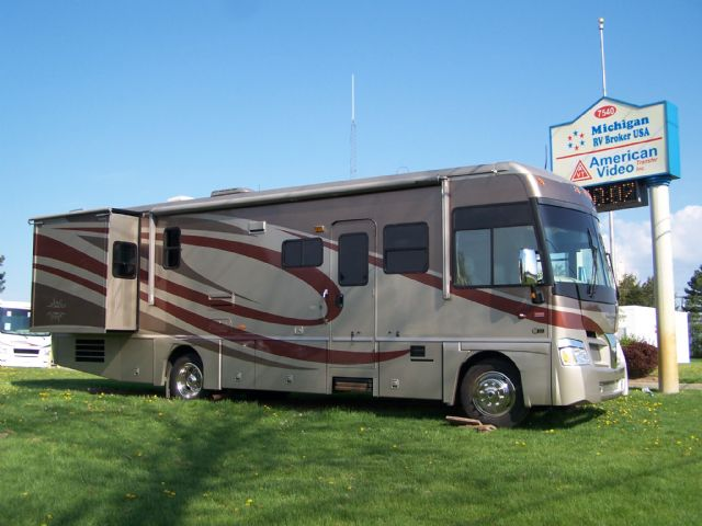 Itasca Suncruiser 33V - Stock # : 0248 Michigan RV Broker USA